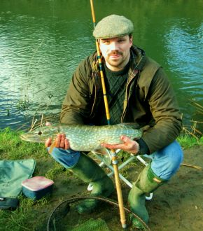 feb-16-pike-on-edgar-sealey-floatcaster